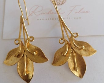 Pair of earrings in galvanized 24k Etruscan matte gold on bronze base