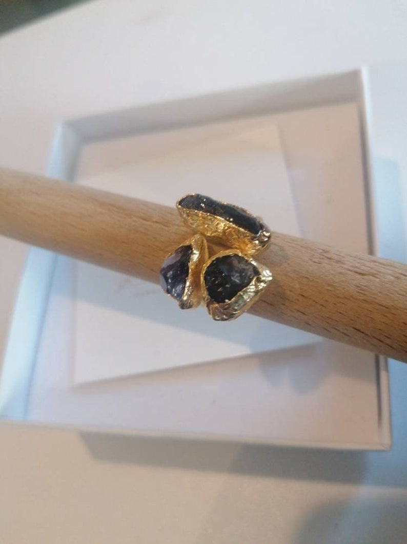 galvanized on bronze and natural geodi amethysts Adjustable ring in gold