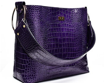 5014eabc5b99 Purple Leather Handbag
