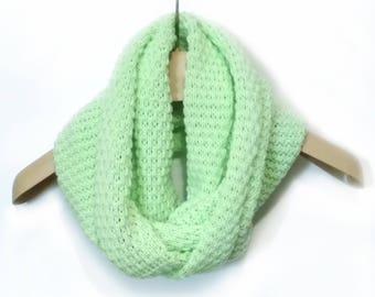 Knitted mint scarf Chunky scarf Women Scarf Knitted scarf Circle Shawl Loop cowl Circle scarf Mint women scarf Knit scarf Handmade scarf