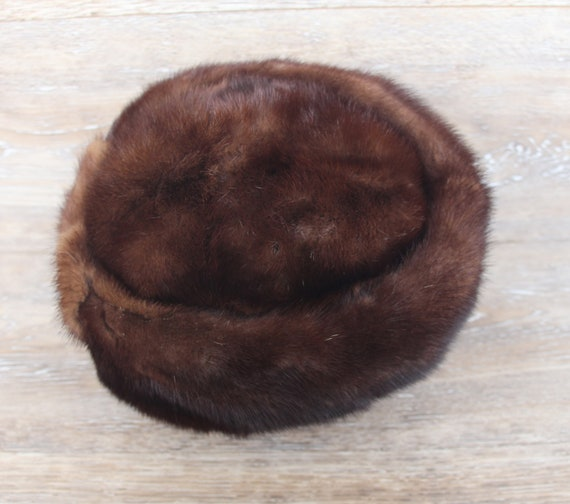 Vintage fur winter hat. Women s brown fur mink hat. Real  8bc29b674bd7