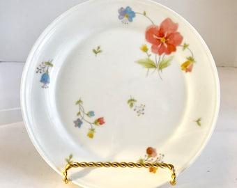 "Mikasa Namuri Japan Bone China A4-182 ""Just Flowers"" 7 1/2""  Salad Plate"