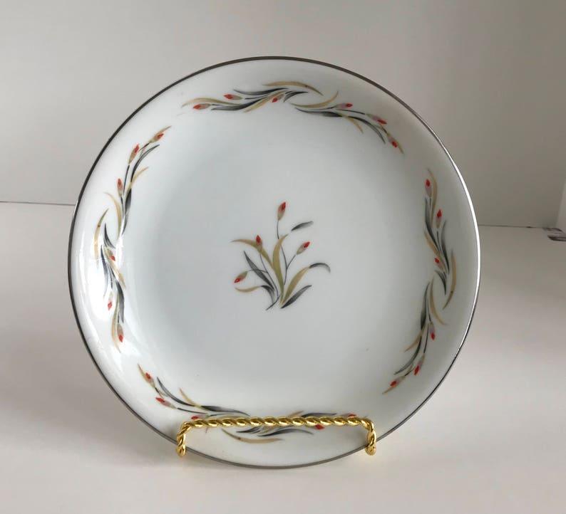 Hira Fine China Japan Nora Pattern 4181 7 12 Bread /& Butter Plate