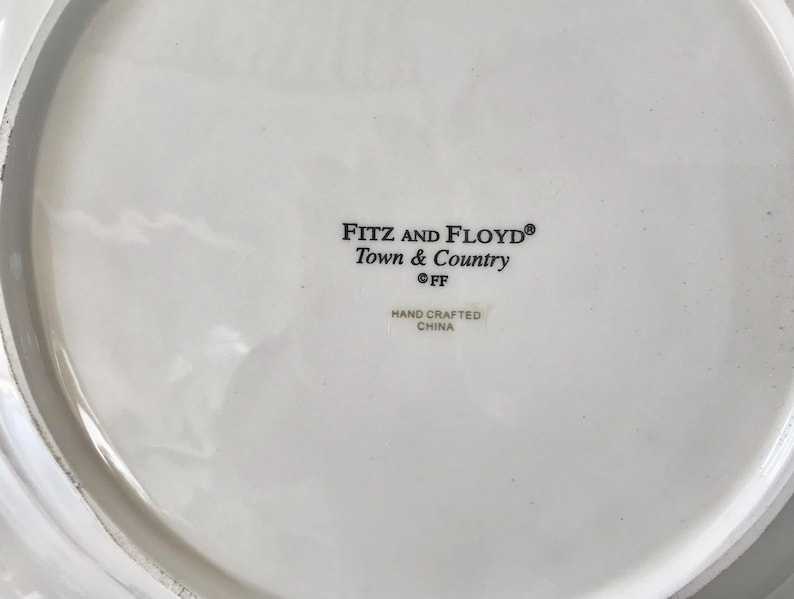Fitz and Floyd Town and Country 12 34Red and White Bowl