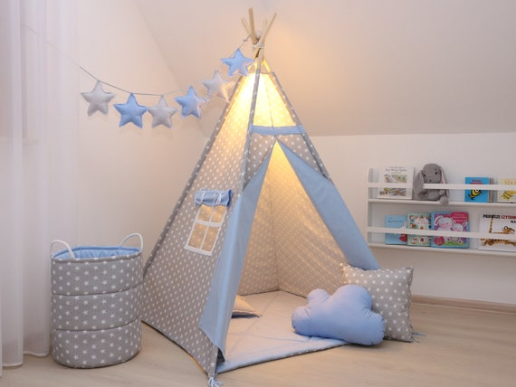 Indian Tipi Zelt DIY. Es bietet den Kleinen Platz zum