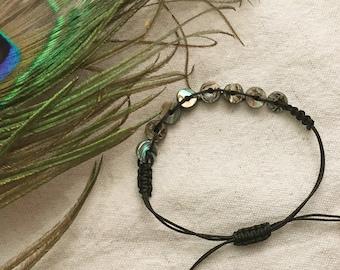 Macramé bracelet with NZ paua/abalone donut beads - Christchurch series