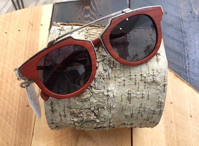Hipster Metal Frame Top Wood Sunglasses for Men and Women, Retro Pear Wood Eyewear, Eco-friendly Gifts