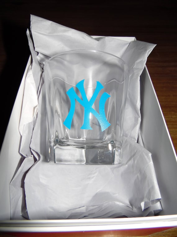 New York Yankees Whiskey Glass Birthday Gift Bachelor