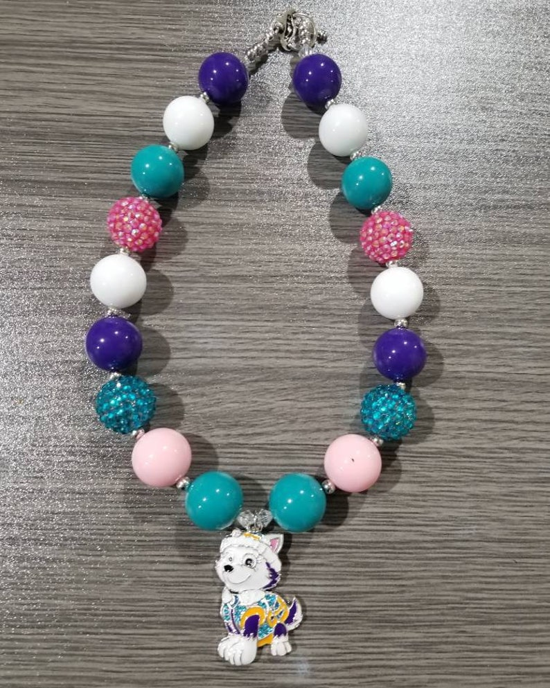 6fc8ec03c4bd4 Buy 3 get ONE FREE. Bubble gum chunky necklace with Everest pendant