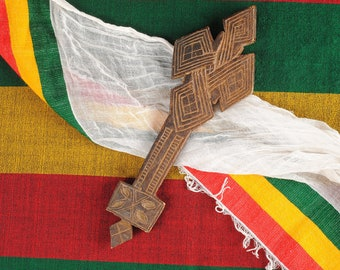 Waving Flag Of Oromia  Men/'s Tee Image by Shutterstock
