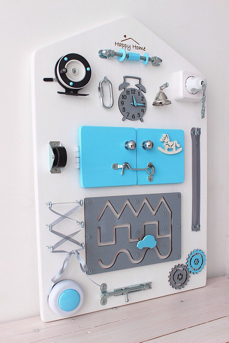 Cadeau de naissance idéal : planche conçu pour développer l'apprentissage de bébé - Créatrice ESTY : BusyboardHappyHome