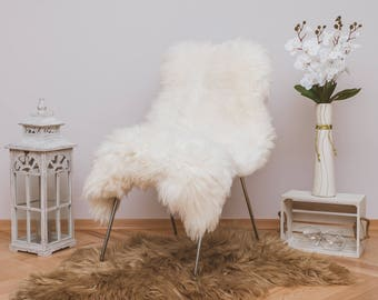 Beautiful Iceland SHEEPSKIN rug.  Humanly Sourced. White Throw Sheep Skin 48'' x 28''. Scandinavian Style. Home&Living. Rustic Home Decor.