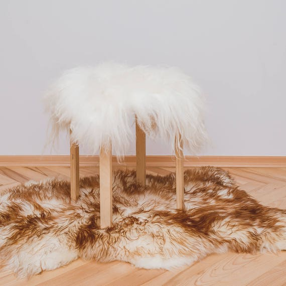Sheepskin Rug Square: UNIQUE Natural SHEEPSKIN Rug Stool Covers. White And Long