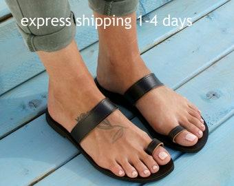 EKAVI 2 sandals/ handmade leather sandals/ ancient grecian sandals/ toe ring sandals/ classic leather sandals/ greek sandals/ brown sandals