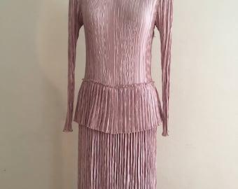 Stunning 1980 crepe dress.