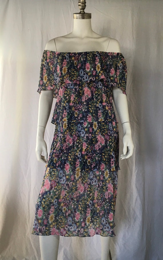 1970 Fabulous tiered floral dress
