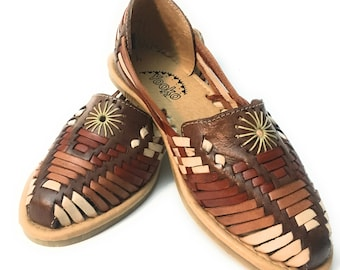 92c087d4aaba Mexican leather Huarache sandals. Huaraches Mexicanos.