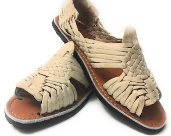 ceef511a41c4 Original Mexican Huarache sandals. Handmade leather sandals. Huaraches  Mexicanos