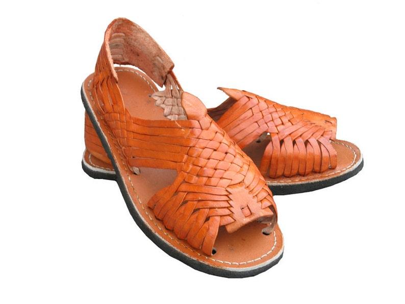 4fe8df4be907 Mexican leather Huarache sandals. Huaraches Mexicanos.