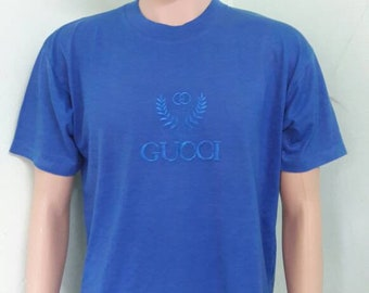 c7b76a27098 vintage GUCCI embroided t shirt