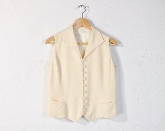 f0a9679f6aea46 Sleeveless Silk Blouse