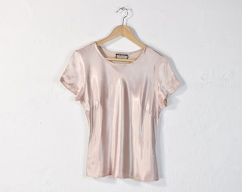 11326847e37 90s Silky Blouse, Vintage 90s Minimal Shiny Top, Simple Neutral Nude Blush Short  Sleeve Tee, Loose Casual Charmeuse Spring Summer T-Shirt