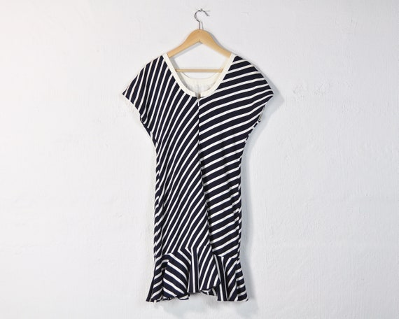 90s Optical Illusion Black and White Collared Dress