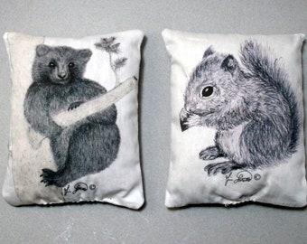 2 Cedar Pillows, Lavender Sachets, Balsam Pillow, Natural Moth Deterrent, Wool Protector, Bear Drawing, Squirrel Sketch, Bunny Boogie, USA