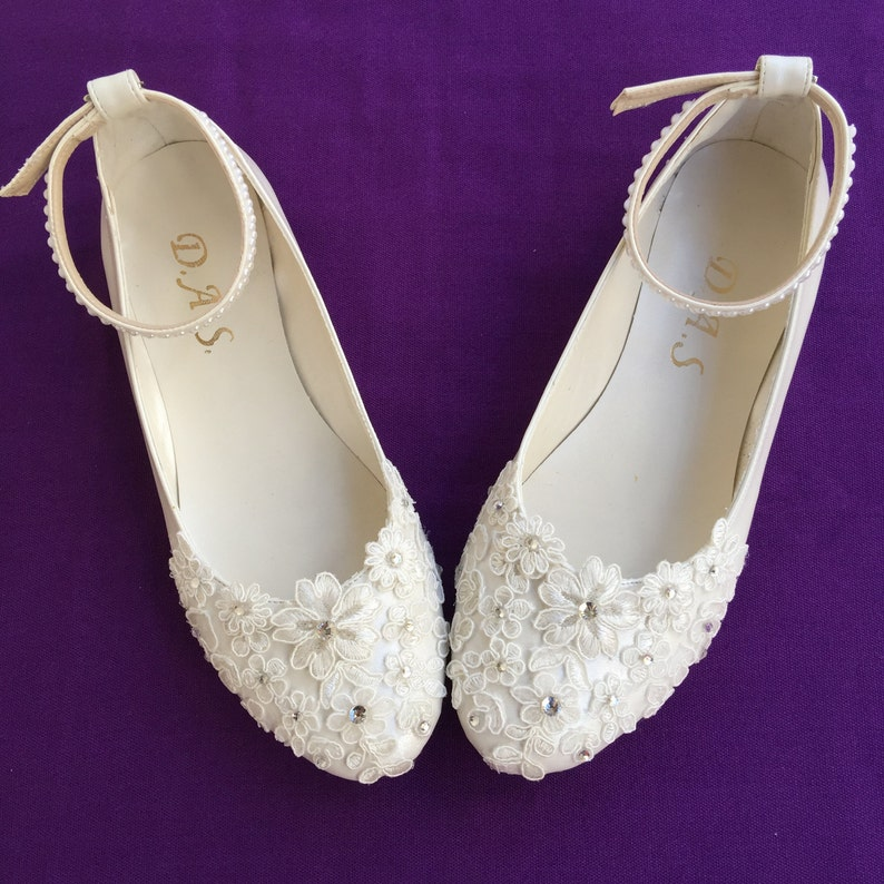 470622b2dfb94 Lace_up Custom Lace Flower Pearls, Wedding Shoes, Party shoes, Lace Flat  Foot Ring Wedding Shoes, Wedding Flat Shoes, Ballet Flat Shoes