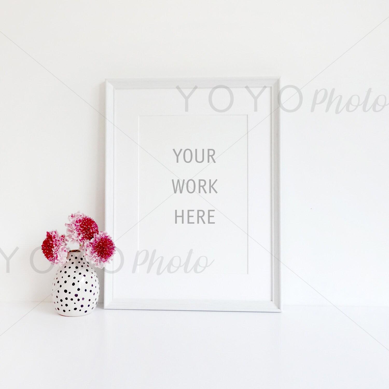 Stock Foto weißen gestalteten Rahmen Mockup A4 weißer