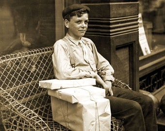 Ann Arbor Michigan Vintage Old Photo 8.5 x 11 Reprint 1892 Newsboys