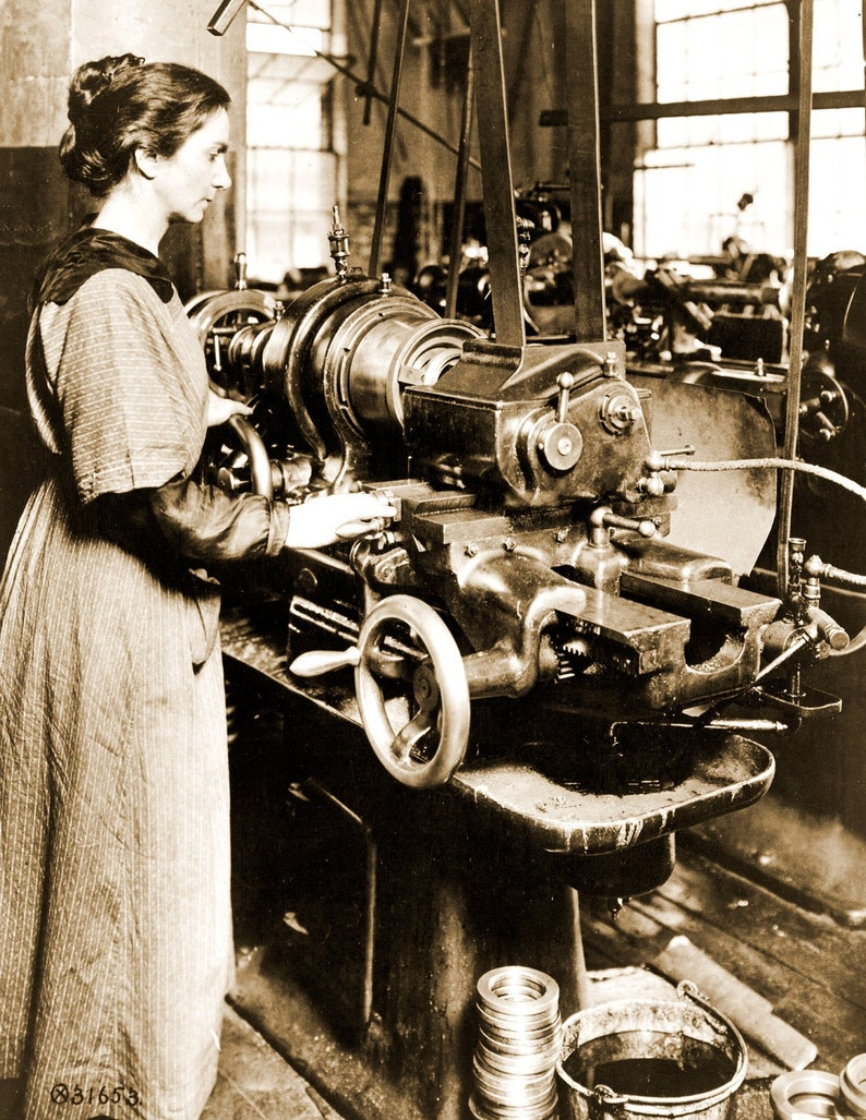 MA Vintage Old Photo 8.5 x 11 Reprint 1918 Woman Working on a Milling Machine