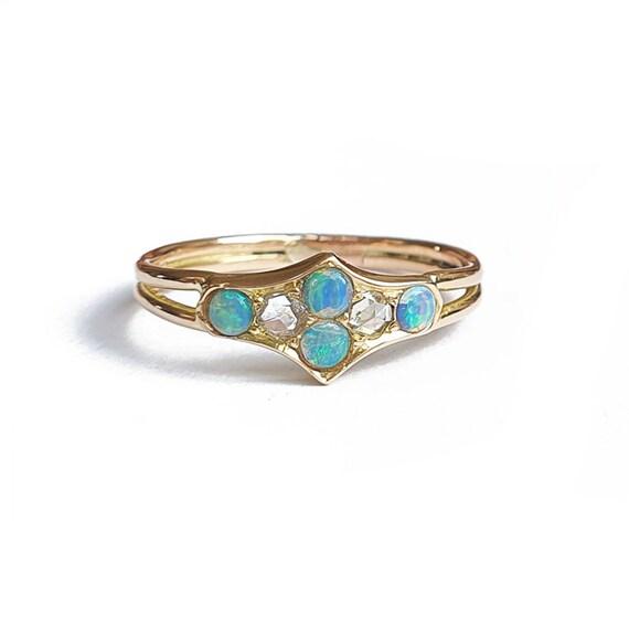 Antique 15ct Gold Black Opal & Rose Cut Diamond Ri