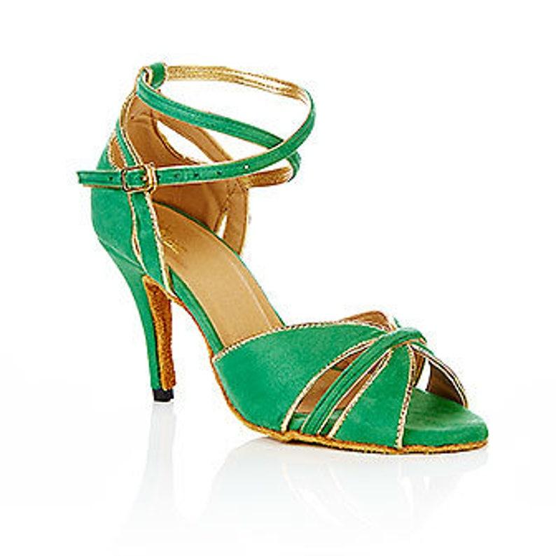 dc86fe52be Zamsz zielony łaciński taniec wesele sala balowa huśtawka