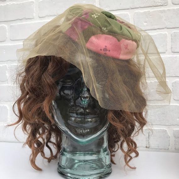 Vintage Floral Pillbox Hat with Veil. Floral Cockt