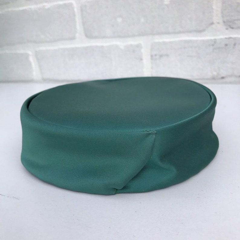 Engagement Hat. Garden Party Fasciator Green Hat Formal Hat Vintag 1950/'s Green Satin Pillbox Hat Derby Hat Spring Hat