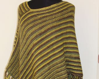 Manually knitted Kokiri poncho one size 100% wool