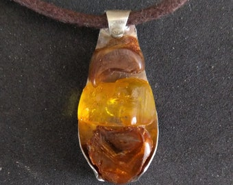 Silver and amber pendant necklace