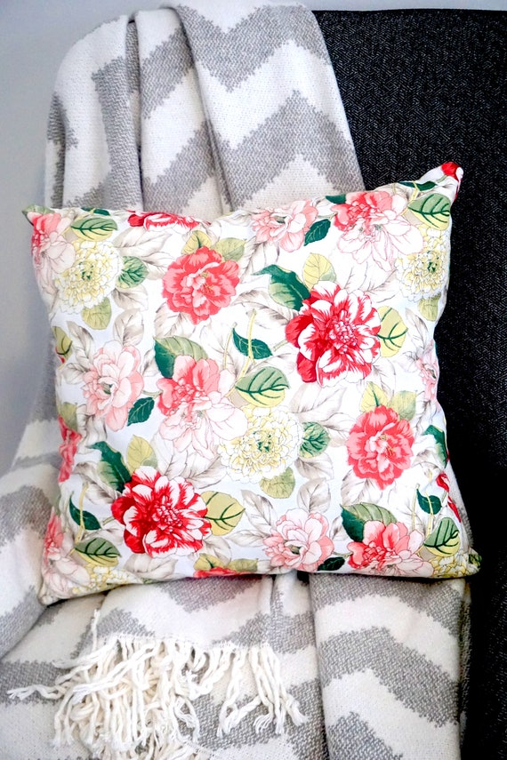Floral Throw Pillow Accent Pillow Home Decor Pillow Bedroom Throw Pillow Housewarming Gift Decorative Pillow Floral Pattern Pillow