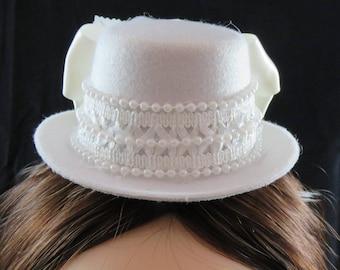 Elegant White Mini Hat Fascinator Wedding