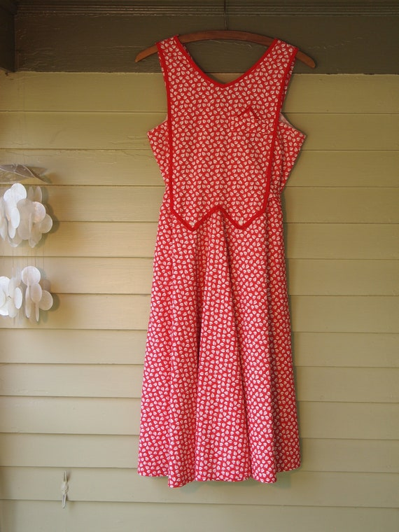 Vintage 1950s Leaf Pattern Apron Dress by Gentex