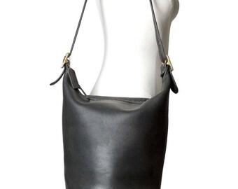 3852cedef Coach XL Duffel Sac Black Leather Bucket Feed Bag Vintage