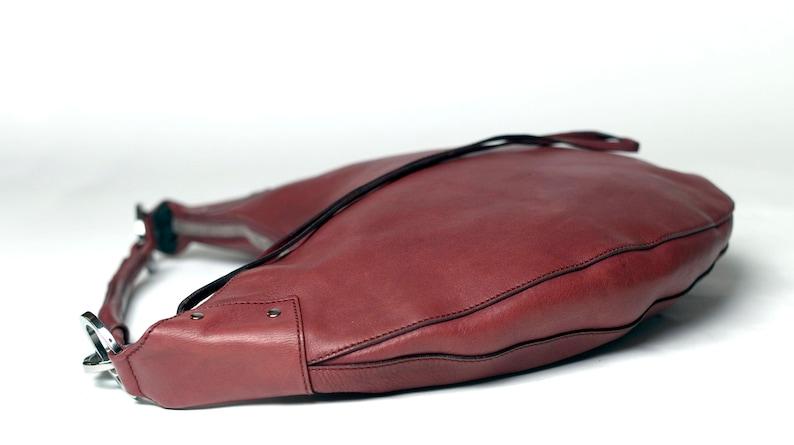 a122bc5ba6d Gucci grote halve maan Bordeaux lederen Vintage tas Hobo | Etsy