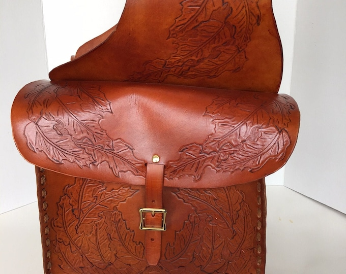 Dual Hand Stitched Leather Saddle Bags