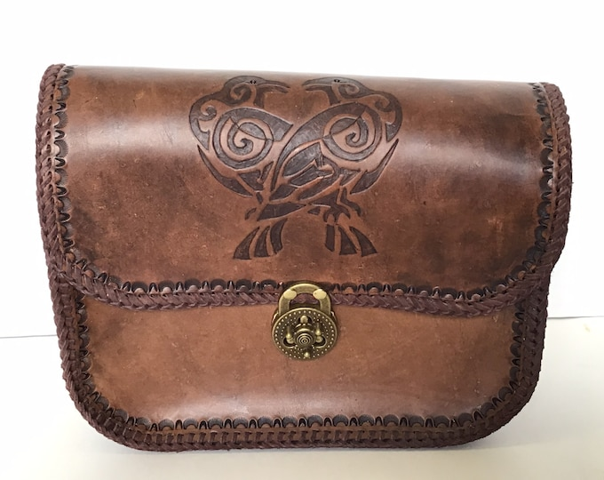 Handcrafted Leather Purse with Turn-Lock Bag Clasp Closure