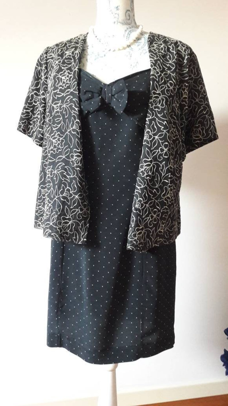 Vintage made in Italy 80s polka dot silk dress with front bow and square neck 40s style black and white formal event size M mint