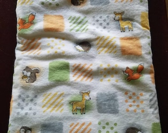 Woodland animals block baby blanket