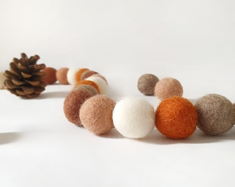 Acorn Pom Pom Garland - Felt Ball Nursery Decor