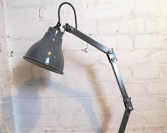 British Made 1950s MEMLITE Factory Task Lamp