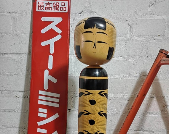Vintage Large Japanese Hand Painted Kokeshi Doll In Togatta Style #035